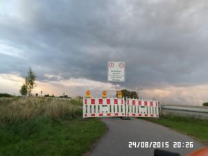 Rhein-broen-spærret i denne side for cykler